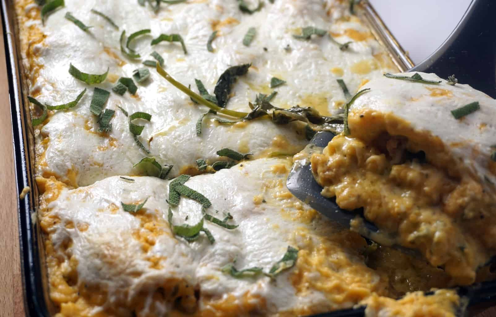 Sausage, Kale, and Butternut Squash Lasagna - The moistest lasagna you will ever put in your mouth. Spicy chicken sausage and sweet, caramelized onions complement the butternut squash and kale so perfectly.- lilsweetspiceadvice.com