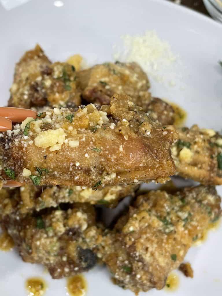 Crispy Air Fryer Spicy Garlic Parmesan Wings